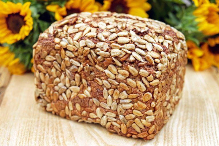 Bild: Brotbackkurs - Vollkornbrot mit Sonnenblumenkernen