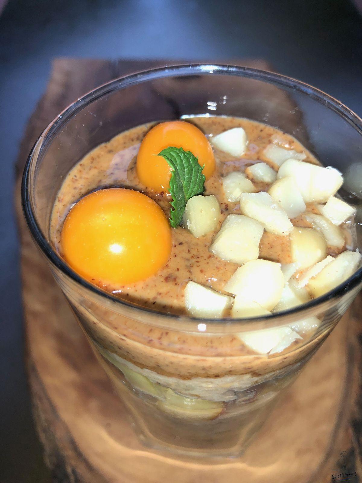 Bild: Kamut-Dinkel Bowl mit Macadamia Nüssen