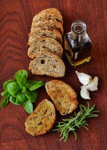 Bild: Vitalstoffreiche Vollwerternährung Brot